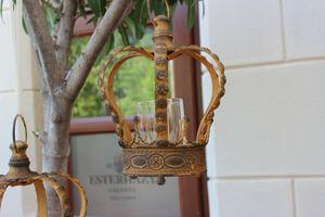 Hrdzavo hnedý závesný svietnik v tvare koruny 27cm