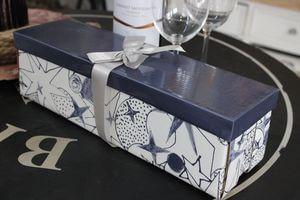 Modrá darčeková krabica na víno 34cm