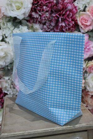 Modrá károvaná darčeková taška 31cm