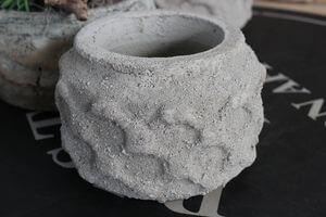 Krémový starodávny kvetináč sahara 18cm