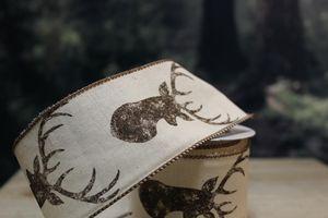 Krémová stuha s hnedou hlavou jeleňa 6,5cm x 10m