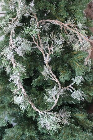 Zeleno hnedá zasnežená girlanda asclepias 175 cm
