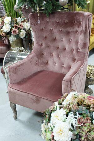 Ružové elegantné chesterfield kreslo ušiak
