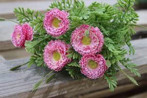 Mű réti virágok