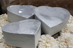 Biele kvetinové flower boxy v tvare srdca 3-set