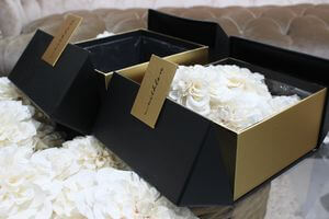 Čierne so zlatou flowers boxy hranaté 2-set