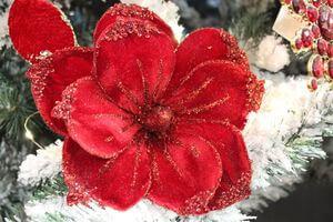 Vianočné kvety na stromček