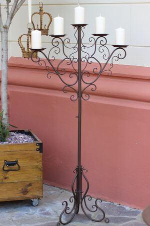 Hnedý kovový 5-ramenný svietnik Romace 147cm