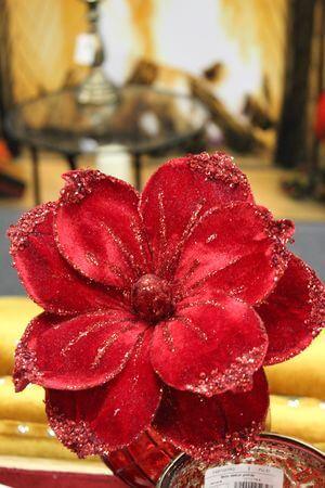 Červená umelá magnólia 20cm