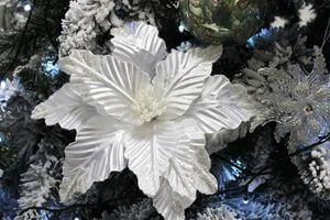 Biela umelá perleťová poinsettia 31cm