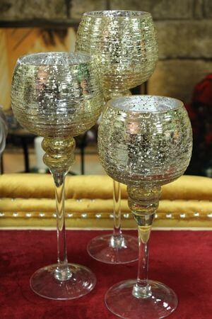Svetlozlaté sklenené svietniky na stopke 3-set