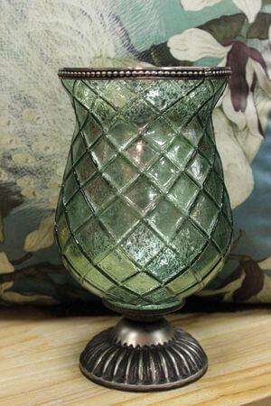 Zelený rustikálny svietnik v tvare čaše 22cm