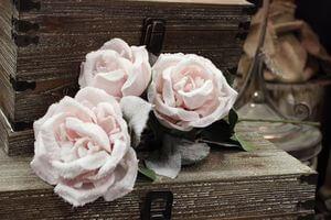 Ružová zasnežená trojruža 80cm