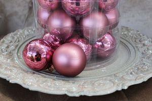 Sklenené vianočné gule