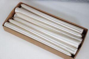 Biele metalické kónické sviečky 12ks 24cm