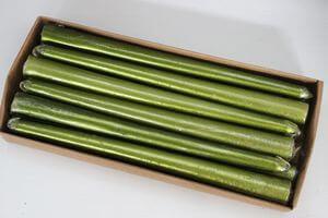 Zelené metalické kónické sviečky 12ks 24cm