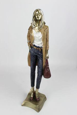 Dekoračná soška ženy s kabelkou 41cm