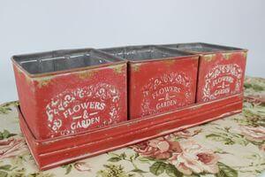 Červené hranaté plechové vintage kvetináče 3-set