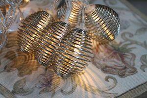 Sivá vianočná svetelná reťaz z lampiónov 160cm