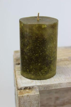 Zelená voňavá sviečka v tvare valca 10x7cm