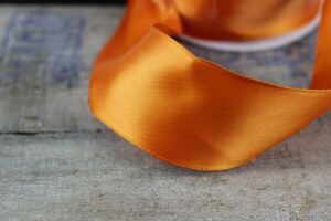 Oranžová saténová stuha 4 cm x 10 m