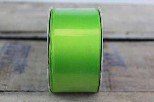 Zelená saténová stuha 3,5 cm x 10 m