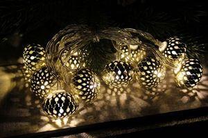 Starozlatá svietiaca girlanda z 10 lampiónov