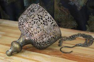 Starozlatý patinovaný závesný svietnik 18cm