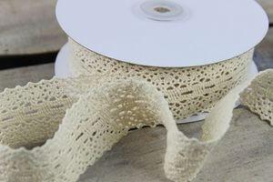 Krémová čipkovaná stuha 4cm x 10m