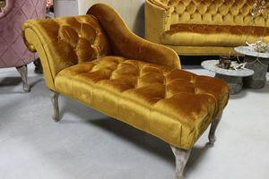 Zlatá Chesterfield leňoška