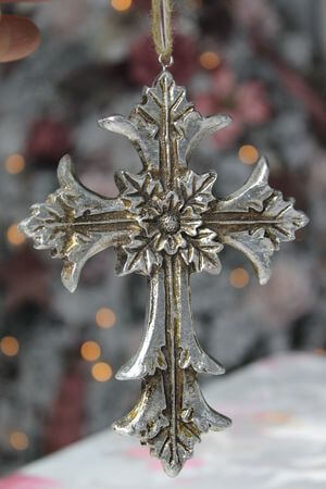 Starostrieborný patinovaný závesný krížik 15cm