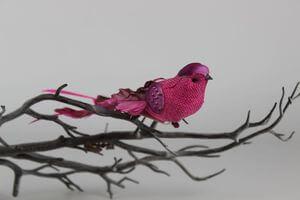 Ružový dekoračný vtáčik na štipci 18cm