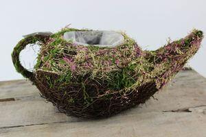 Hnedo fialová prútená nadoba v tvare čajníka 32cm