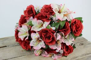 Červeno ružová umelá kytica 40cm