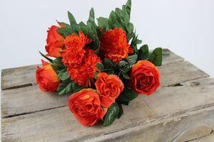 Červeno oranžová umelá kytica rôznych kvetov 40cm