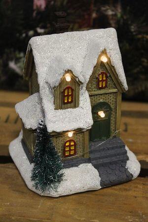 Hnedý svietiaci domček 12cm