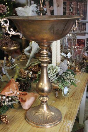 Starozlatá vysoká nádoba s patinou 55 cm