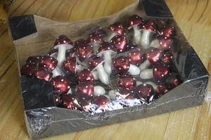 Červené hríbiky s bielymi bodkami 48 ks