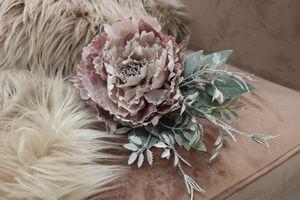 Ružový vianočný kvet pivonky s námrazou 11cm