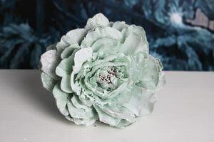 Modro zelený svetlý tiffany kvet 14cm