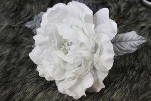 Biela sametová ruža bez glitra 13cm