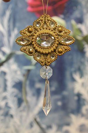 Zlatá cárska závesná ozdoba 6cm