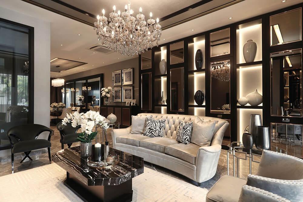 Glamour štýl v luxusnom šate