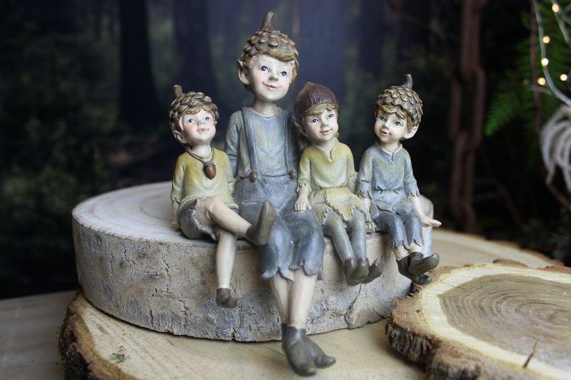 Lesní sediaci škriatkovia